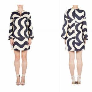 Raoul 100% silk Aria bell sleeve statement dress!